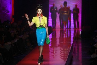 Amy Winehouse inspired fashion show.
